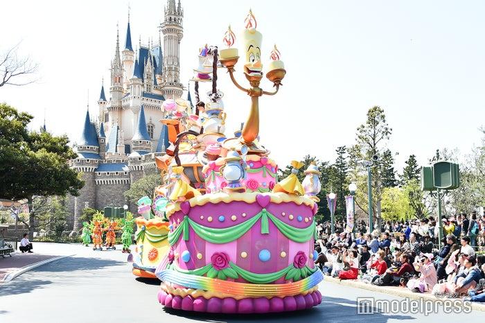 ベル/パレード「ドリーミング・アップ!」(C)モデルプレス(C)Disney