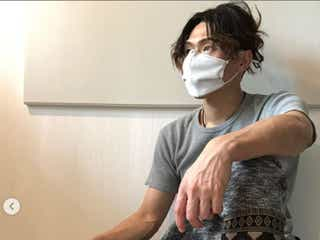 """ゴールデンボンバー樽美酒研二、""""小銭入れ付き""""ついに手作りマスク完成"""