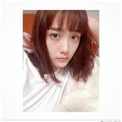 モデルプレス - 松井愛莉、黒髪から茶髪にガラリイメチェン「新鮮」と絶賛の声