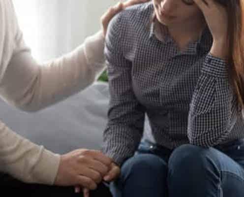 先週のアクセスランキング!1位は、モテなかったはずの親友が25歳で寿退社して…。彼女の結婚式でかけられた、キツすぎる一言