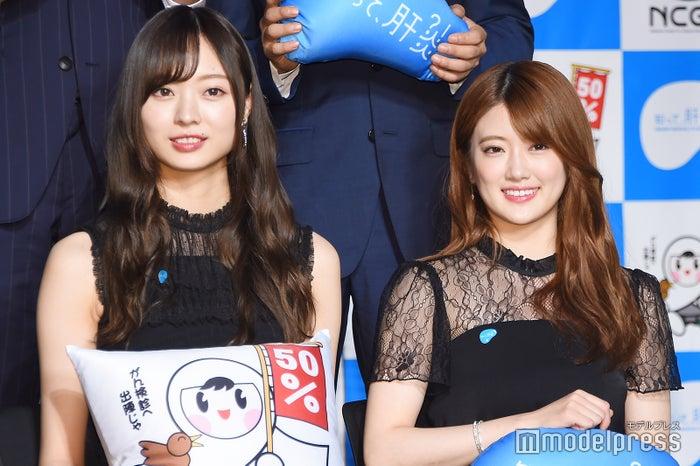 乃木坂46(左から)梅澤美波、樋口日奈(C)モデルプレス