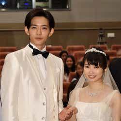 """モデルプレス - 志田未来&竜星涼""""純白ウエディング""""姿披露「いつも以上に綺麗」 結婚観にツッコミ飛ぶ?"""