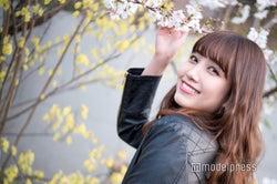 "AKB48""ビジュアル担当""加藤玲奈のファッション&メイク事情に迫る 「衝撃的なくらい食べます」話題沸騰""美ボディ""の秘密<インタビュー後編>"