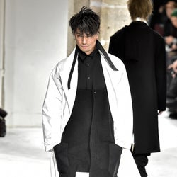 斎藤工のパリコレモデル姿が超クール 「ガキ使からパリコレまで幅広すぎ」賞賛相次ぐ