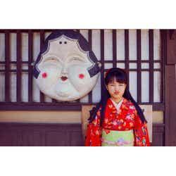 モデルプレス - 次期朝ドラヒロイン葵わかな、おかめさん風ショットが可愛すぎ!「わろてんか」京都ロケ終了も報告