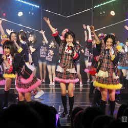 モデルプレス - HKT48、サプライズ発表に涙と歓喜