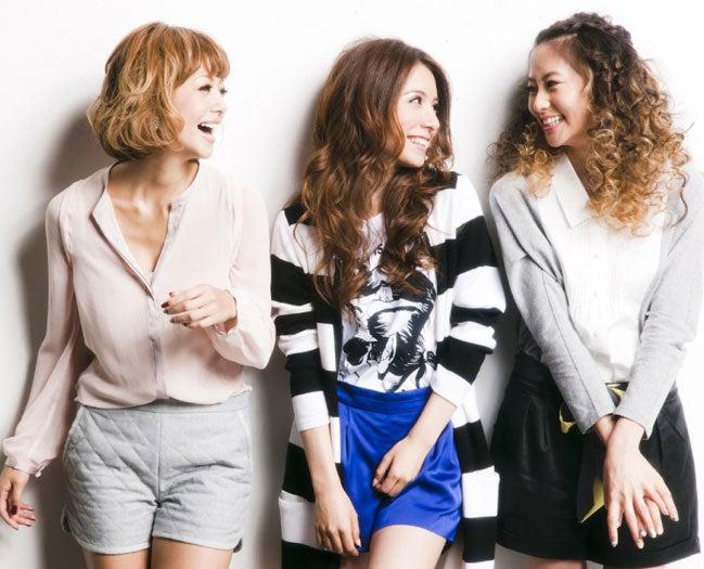 「Central Park Girls Club」(左から:木下ココ、May J.、河北麻友子)