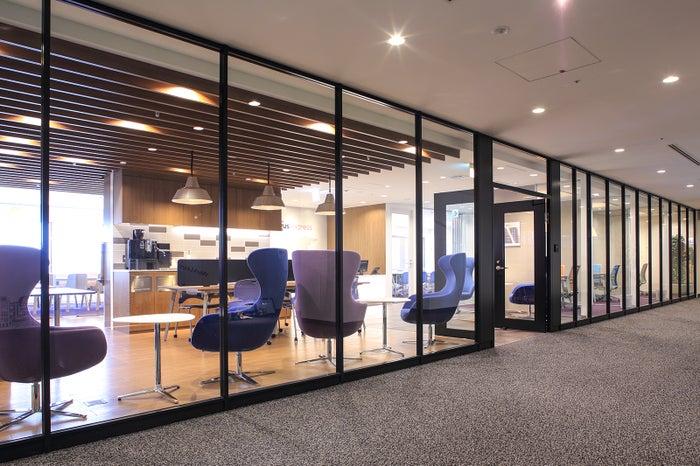 レンタルオフィス・Regus express/画像提供:日本空港ビルデング