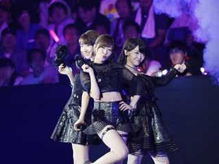 """指原莉乃「御御足」、柏木由紀「乳」、峯岸みなみ「鎖骨」を""""露出衣装""""で勝ち抜き続けるも…おぎやはぎ「辞退してくれないかな…」【AKB48じゃんけん大会】"""