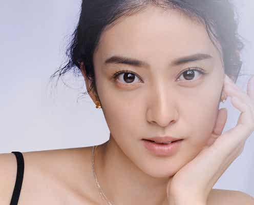 武井咲、ジュエリーとともに輝く美貌「ずっと輝いた気持ちを残しておきたい」