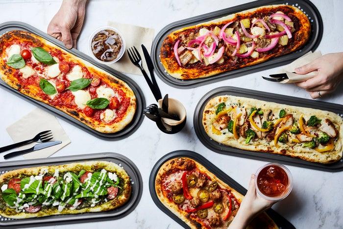 カスタムピザ専門店「アール・ピザ」1号店が六本木にOPEN/画像提供:クリスプ