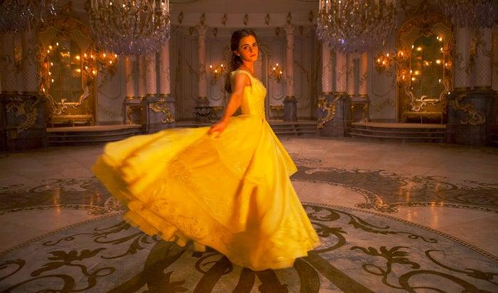 エマ・ワトソン(ベル役)/ディズニー実写版『美女と野獣』より(C)2017 Disney Enterprises, Inc. All Rights Reserved.