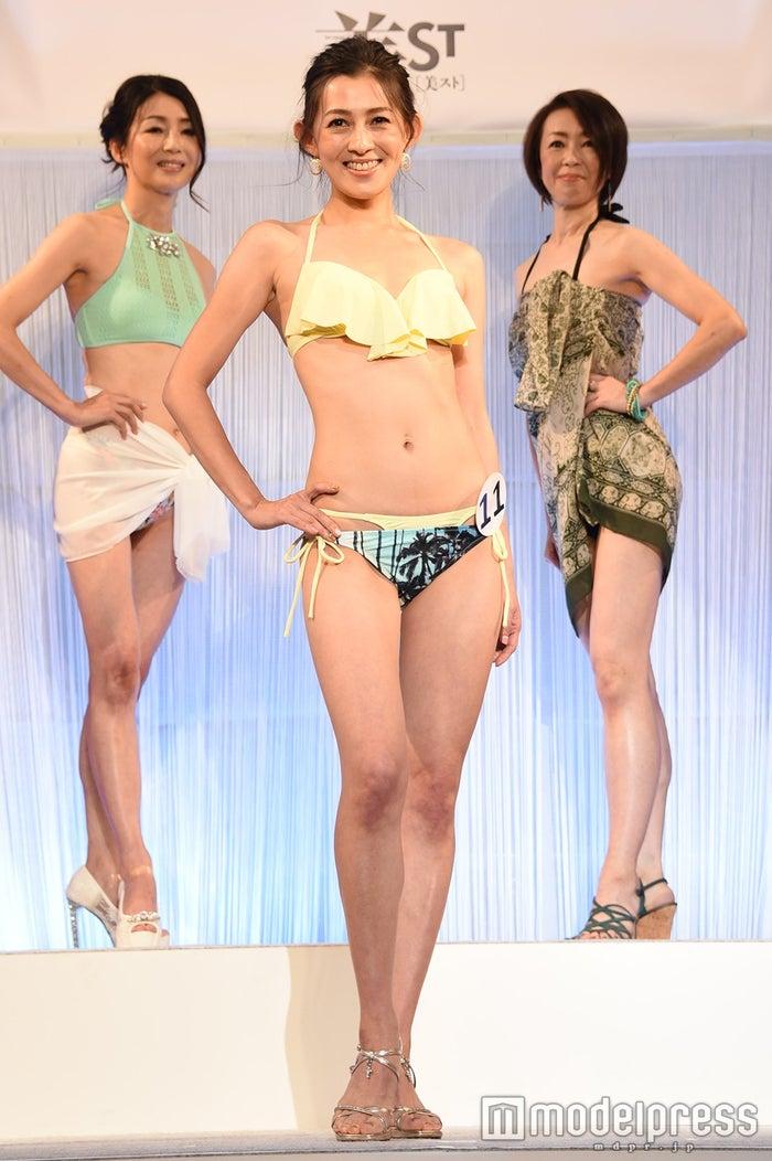 『第7回 国民的美魔女コンテスト』グランプリ・田中恵さん(C)モデルプレス