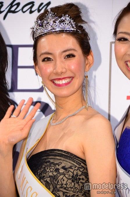 2013ミス・アース・ジャパンの栄冠に輝いた堀川優さん