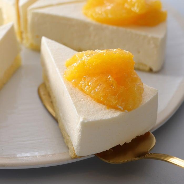 オレンジ&レアチーズケーキ/画像提供:スターバックス コーヒー ジャパン