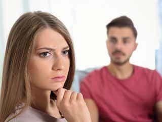 ちょっと距離置きたい…。女性にストレスを与える【過干渉なオトコ】の特徴