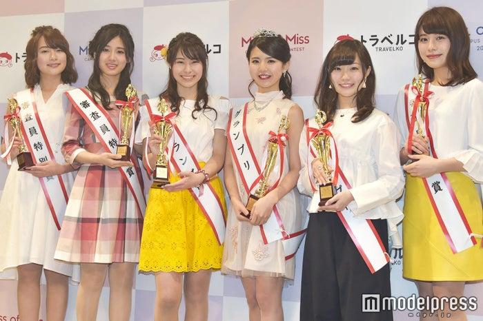 各受賞者(左から)青木美奈実さん、浅田春奈さん、浅古あいりさん、松田有紗さん、大迫瑞季さん、楫真梨子さん (C)モデルプレス