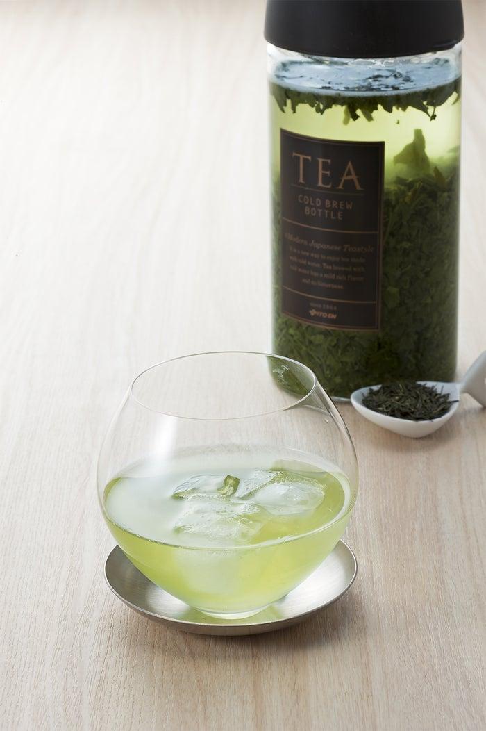 今月の緑茶【HOT&COLD】価格450円(税抜き)/画像提供:伊藤園