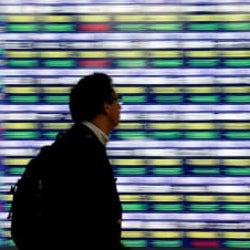 寄り付きの日経平均は反落、値がさ株や半導体関連株が軟調
