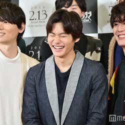 (左から)古川雄輝、野村周平、間宮祥太朗(C)モデルプレス