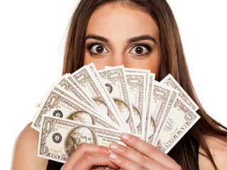 「金遣い荒そう」と思われる女性の特徴4つ