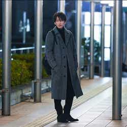 """モデルプレス - 「恋つづ」天堂ファッションは""""ほぼ佐藤健のアイデア"""" 担当スタイリストが明かす細部に詰まったこだわりとは"""