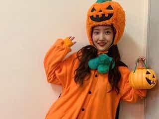 """板野友美、""""かぼちゃ""""コスプレが「可愛すぎる」「反則級」と話題"""