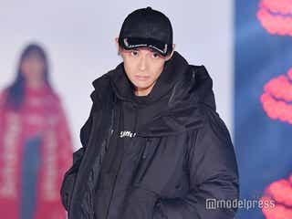 初代バチェラー久保裕丈、「ガルアワ」ランウェイ登場 オールブラックコーデで魅了<GirlsAward 2018 A/W>