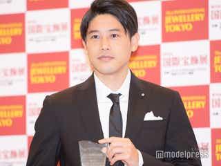 内田篤人、妻に「帰って見せたい」 受賞で家族の反応明かす<第32回 日本ジュエリーベストドレッサー賞>