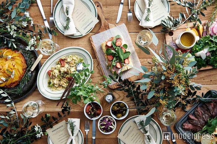 セレブも通うNY発カフェ&レストラン「ローズマリーズ」日本初出店/画像提供:カフェ・カンパニー
