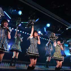 AKB48劇場で行われたHKT48 チームH「RESET」公演(C)AKS