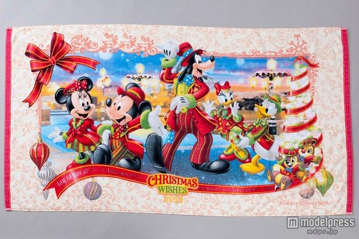 TDS:ワイドバスタオル(¥3300)(C)Disney