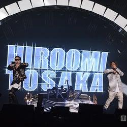 三代目JSB登坂広臣&ELLY、クールな魅力全開の圧巻ライブ サプライズ登場にファン歓喜