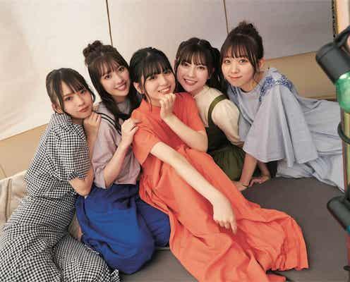 わーすた メンバー5人揃った最後の写真集『わーすた旅行記』発売決定、歴代衣装コレクションも収録