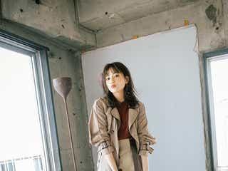 川口春奈、秋コートで凛々しい表情