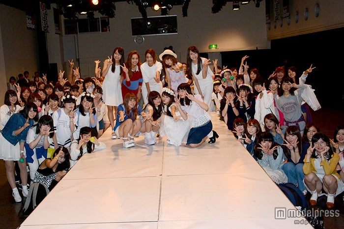 ファンイベント「春のクオリアム学園祭」に参加したモデルとファンたち【モデルプレス】