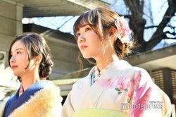 佐々木琴子、田村真佑(C)モデルプレス