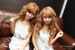 整形公表の双子モデル・吉川ちえ&ちか「小悪魔ageha」卒業を発表 決意の理由は?