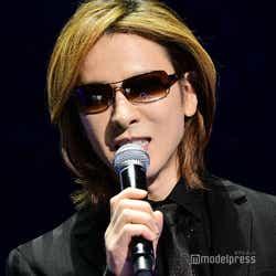 モデルプレス - X JAPAN・YOSHIKI、LAからの緊急メッセージが感動呼ぶ