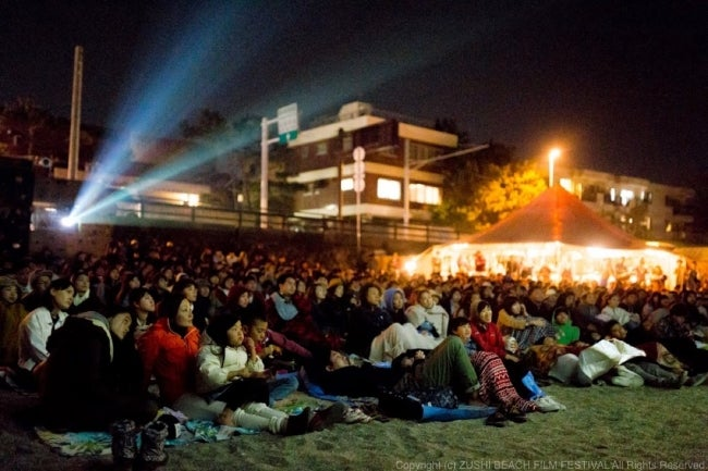逗子海岸映画祭/画像提供:逗子海岸映画祭実行委員会