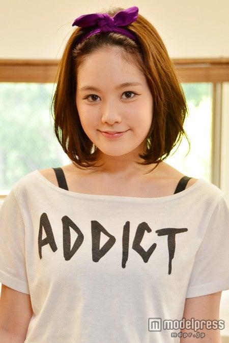 インタビューに応じた筧美和子