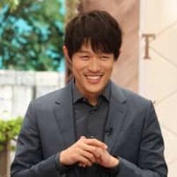 鈴木亮平 クイズ企画の初MCに張り切るも「ゲストへの負担が重すぎる」とクレーム