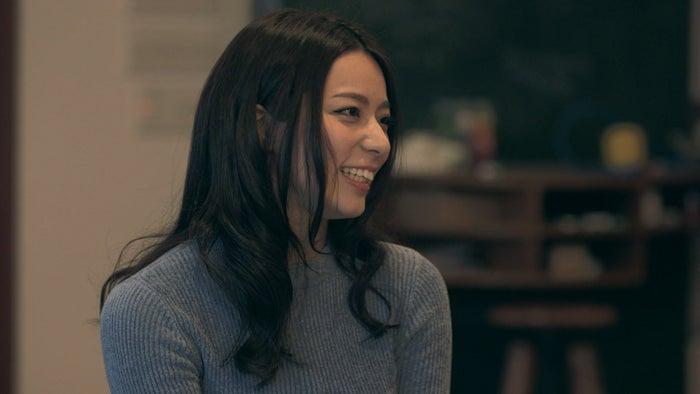 新メンバーの小瀬田麻由「TERRACE HOUSE OPENING NEW DOORS」17th WEEK(C)フジテレビ/イースト・エンタテインメント