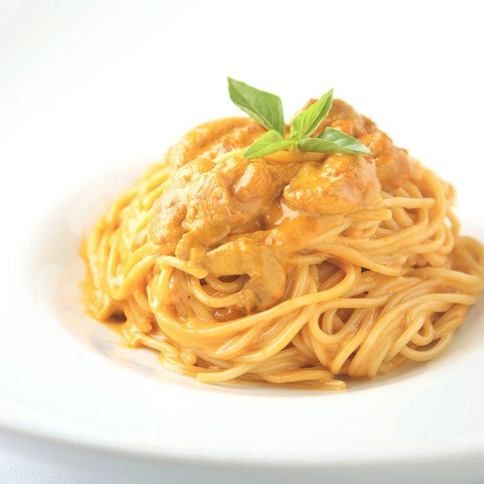 たっぷり北海道産生ウニとクリームソースのスパゲティ/画像提供:イデア