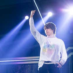 タカシ/「BULLET TRAIN Arena Tour 2018 GOLDEN EPOCH at OSAKA-JO HALL」より(画像提供:SDR)