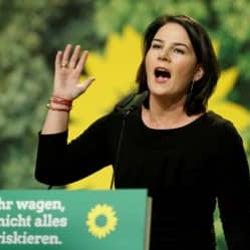 独「緑の党」ベーアボック氏、首相候補に 変化を約束