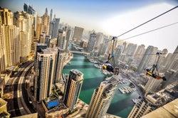 世界最長の都市型ジップライン「X LINE」走行距離&スリルが2倍にパワーアップ