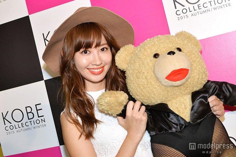 モデルプレスのインタビューに応じた小嶋陽菜【モデルプレス】