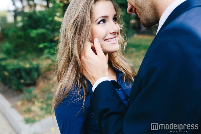 一目ぼれ必至!男性をドキドキさせる女性の特徴(Photo by teksomolika/Fotolia)