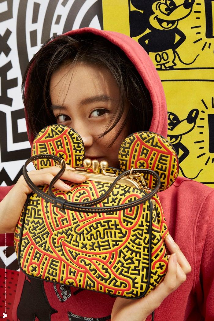 「 コーチ ミッキー アンド キース・へリング コレクション キスロック バッグ」<br> TM &amp;(c)Disney (c)Keith Haring Foundation